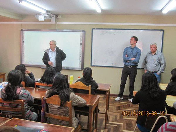 Reach Out And Learn Public Health Training at the Cusco, Peru medical school